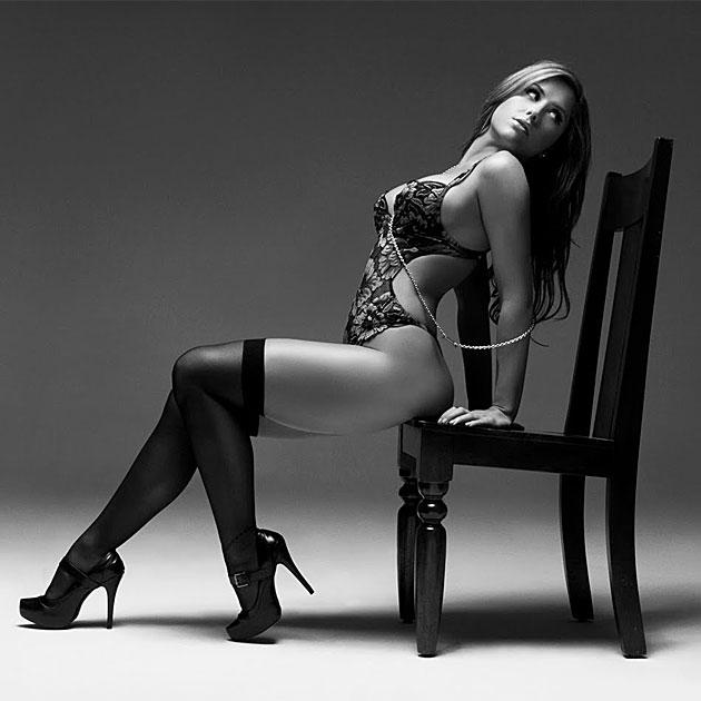 Brittney Palmer Pic