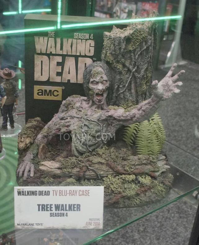 The Walking Dead Season 4 Blu-ray Cover