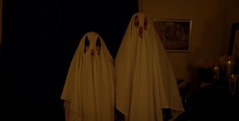 suburban gothic - katt dennings and matthew gray gubler - ghost sheets