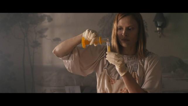 siren 2015 movie - Vinessa 2